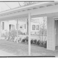 Mrs. David Hamilton, residence on Drake's Corner Rd., Princeton, New Jersey. Breezeway