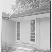 Rodman W. Chamberlain, residence on Moorland Rd., Kensington, Connecticut. Entrance detail