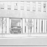 Schrafft's, Esso Building, Rockefeller Center, New York City. 52nd St. exterior II, curtains closed