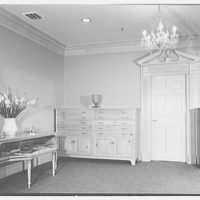 Evans Case Co., business at 30 E. 33rd St., New York City. View to door in showroom no. 1