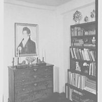 Mary Allis, residence in Fairfield, Connecticut. Living room bookcase