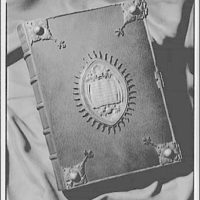 National Cathedral. Official standard prayer book of America, 1892