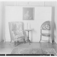 Mrs. Lawrence J. Ullman, business on Prospect Ave., Tarrytown, New York. Queen Anne chair