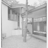 Frederick Greenberg, residence on Sawmill Hill Rd., Ridgefield, Connecticut. Breezeway