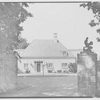 Lynde Selden, residence at Indian Field Park, Bellehaven, Greenwich, Connecticut. Vista through entrance pillars