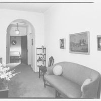 Mrs. Julian Bach, residence at 33 E. 70th St., New York City. Gallery