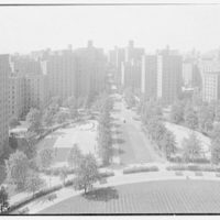 Parkchester, Bronx, New York. To Metropolitan oval from above