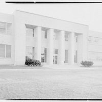Helena Rubinstein, Inc., Roslyn, Long Island. Main facade entrance section