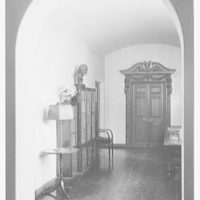 H.T. Lindeberg, residence in Locust Valley, Long Island. Hall