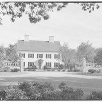 Mrs. Harold I. Pratt, residence on Shutter Lane, Oyster Bay, Long Island. Entrance facade II