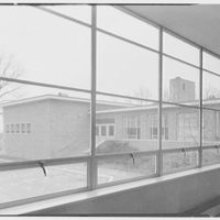 Highland School, Roslyn, Long Island. Vista from corridor