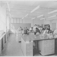 John Thompson Dorrance Laboratory, M.I.T., Cambridge, Massachusetts. Biology class