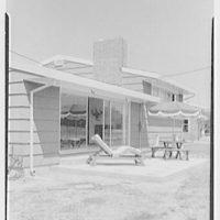 Marble Hills, Huntington, Long Island, New York. Creston house, patio
