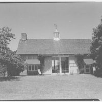 Mrs. Gerrish Milliken, residence on Stiles Rd., Yale Farms, Connecticut. Barn exterior I