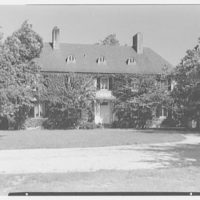 Mrs. Gerrish Milliken, residence on Stiles Rd., Yale Farms, Connecticut. Exterior of main house