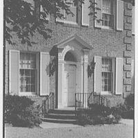 Mrs. R. Clifford Black, residence at 4611 Post Rd., Pelham, New York. Entrance detail