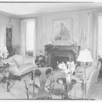 Mrs. Samuel Welldon, residence at 1 Sutton Place South, New York. Library, to fireplace
