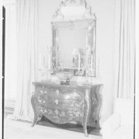 Mrs. Samuel Welldon, residence at 1 Sutton Place South, New York. Living room commode