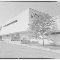 Lord & Taylor, business in Bala-Cynwyd, Pennsylvania. Entrance, Belmont Ave. I