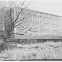 Fairleigh Dickinson University, Science Building, Teaneck, Rear from left