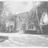 Mr. and Mrs. J.E. Kiernan, residence in Stuart, Florida. Entrance facade from right
