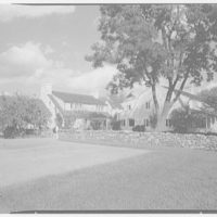 Mr. and Mrs. Paul Mellon, residence in Upperville, Virginia. General view of entrance and east terrace