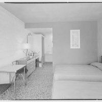Voyager Motel, Biscayne Blvd. & 104th St., North Miami, Florida. I
