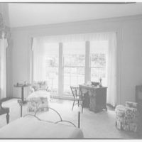 Dr. & Mrs. Matthew Mellon, residence at Runaway Bay, Jamaica, British West Indies. Guest room, to window