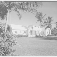 Port Royal houses, Naples, Florida. Buccaneer guest house I