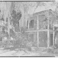 Mrs. Reynolds Bagley, Musgrove Plantation, residence on St. Simons Island, Georgia. Entrance view of main house