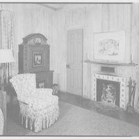 Mrs. Reynolds Bagley, Musgrove Plantation, residence on St. Simons Island, Georgia. Upstairs, large bedroom to fireplace