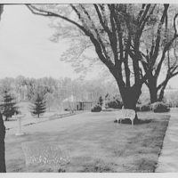 General Dwight D. Eisenhower, residence in Gettysburg. From terrace to teahouse