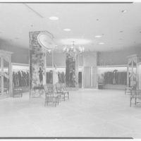 Higbee Department Store, business in Cleveland, Ohio. Little couture