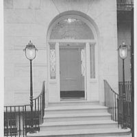 William Frank, 120 East 70th St., New York City. Entrance