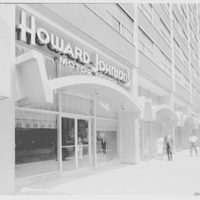 Howard Johnson's motor lodge, 8th Ave. at 51 St., New York City. Sidewalk view, looking north