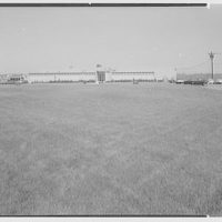 Rickels Supermarket Warehouse, Plainfield Rd. and New Durham Rd., South Plainfield, New Jersey. General view from right