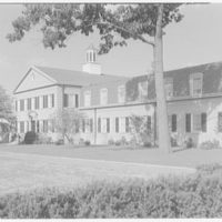C.W. Post College, Riggs Hall (dormitory), Brookville, Long Island. Main facade from right